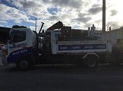 6 Ton Tipper Crane Truck - Sand4u
